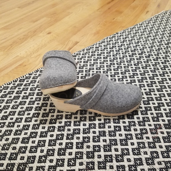 2ce565cdd97e Cape Clogs Shoes - Grey Wool Swedish Wood Clogs